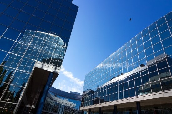 The Evolution of Curtain Walling Systems: Then and Now